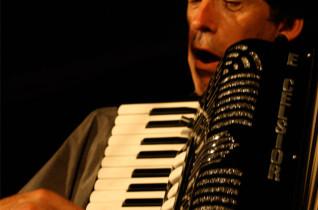Peter Bruys Band – Gluren bij de Buren 2014